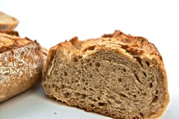 Detalle de una artesana do xeito - Panadería Moscoso Moure