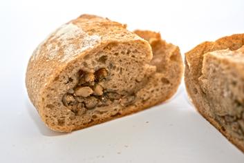 Pan de xeito de sardiñas cortado - Panadería Moscoso Moure
