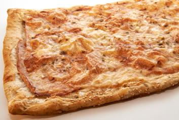 Coca de jamón y queso - Panadería Moscoso-Moure