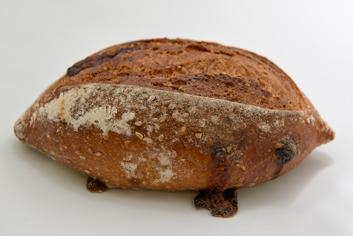 Pan de tomate, queso y sésamo - Panadería Moscoso Moure