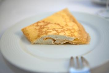 Filloa en el plato - Panadería Moscoso Moure