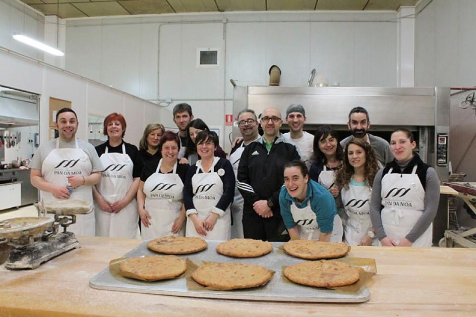 Participantes en el I Obradoiro de Empanadas Pan da Moa