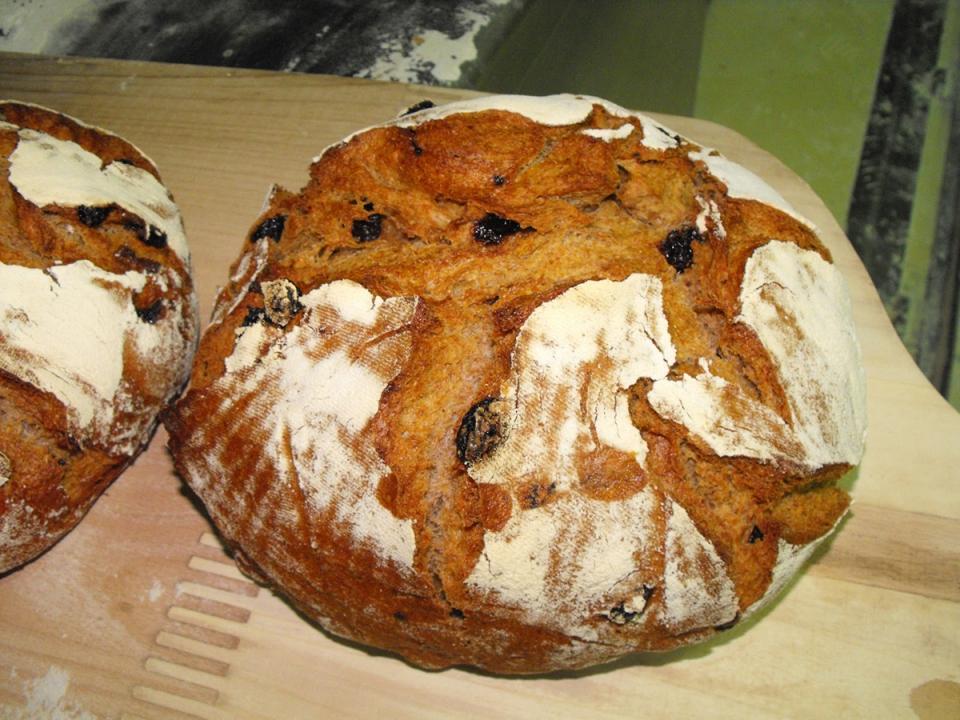 Outro dos produtos artesanais, neste caso o pan de centeo con pasas