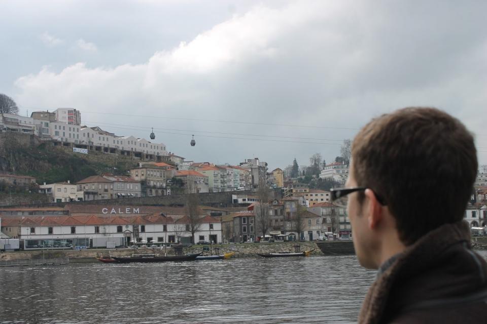 Durante a visita a Oporto, á beiro do Doiro