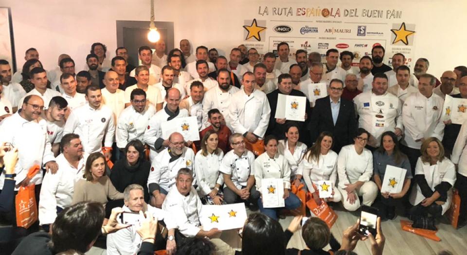 Foto de los galardonados y galardonadas por la Ruta española del buen pan 2018
